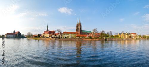 rzeka-odra-z-widokiem-na-katedre