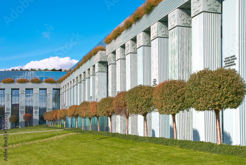 Obraz Modern Business Building - fototapety do salonu