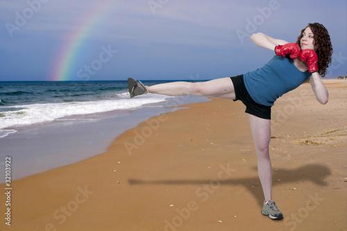 Photo  Woman Kickboxing