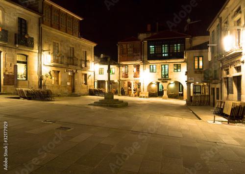 Square de la Leña in Pontevedra city at night