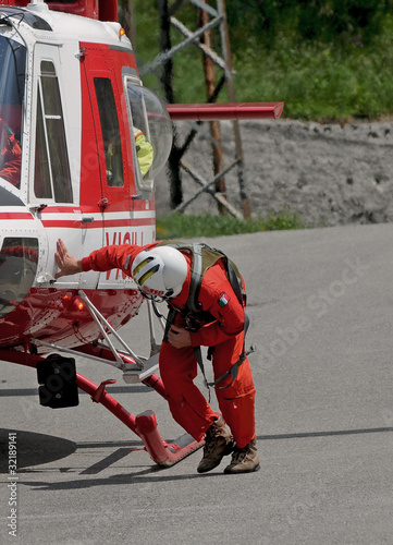 Poster  helicopter rescue