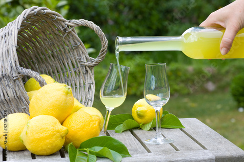 Fotografie, Obraz  Limoncello and lemons