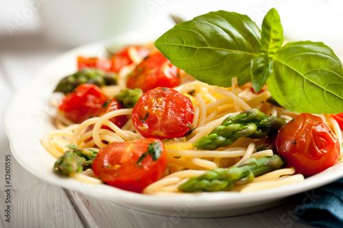 Fotografie, Obraz  Spaghetti with green asparagus