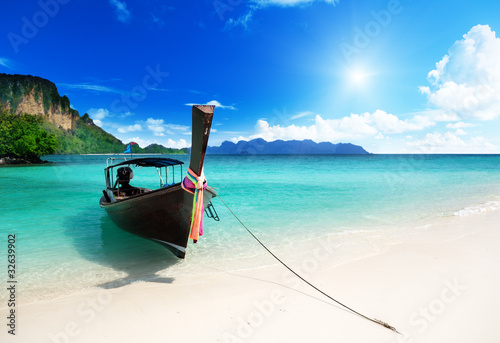 Fotomurales - long boat and poda island in Thailand