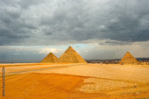 the great pyramid of Khufu (Cheops) - Giza, Egypt #32762514