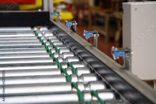 Fotografiet  Roller conveyer with sensors