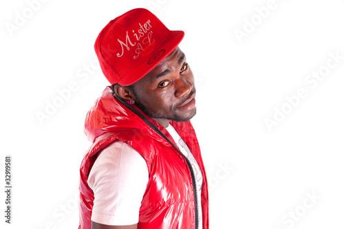Fotomural portrait d'un jeune homme noir à la veste rouge