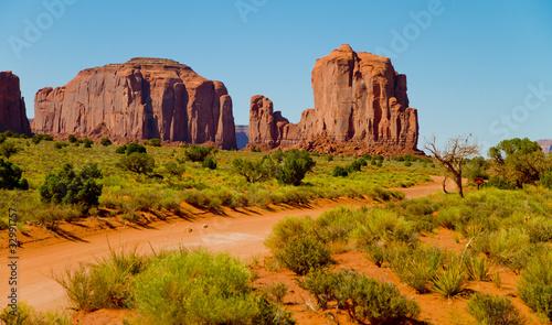 Foto op Aluminium Oranje eclat wide angle view of Monument Valley, Utah, USA