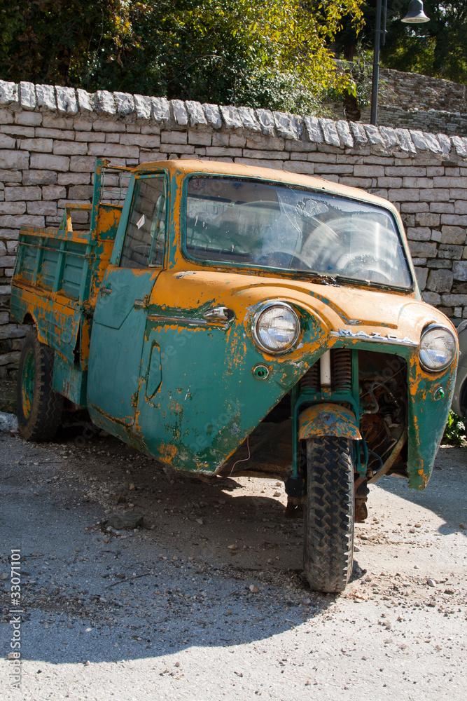 Fényképezés  old car tricycle