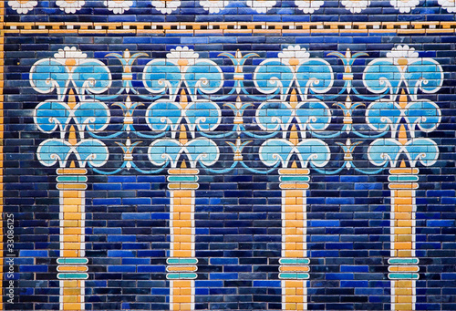 Tableau sur Toile Detail of a Babylonian city wall in Pergamon museum ,Berlin