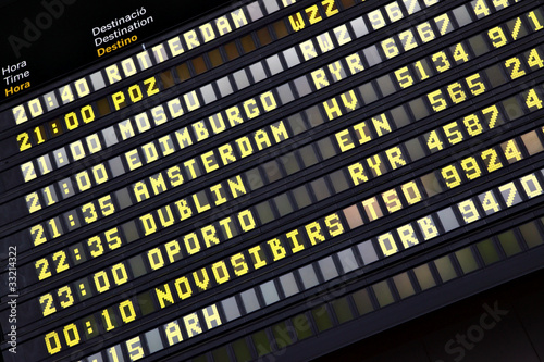 Foto op Canvas Luchthaven Timetable in airport