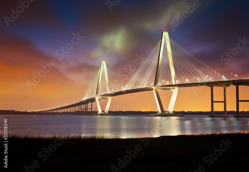 Staande foto Brug Arthur Ravenel Jr Cooper River Suspension Bridge Charleston SC