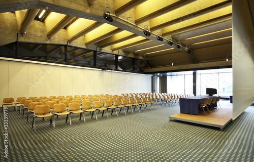 Fényképezés  interno di una sala conferenza