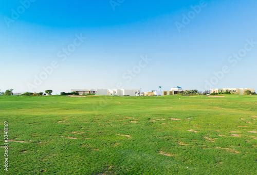 Spoed Foto op Canvas Blauwe hemel Perfect Grass Area