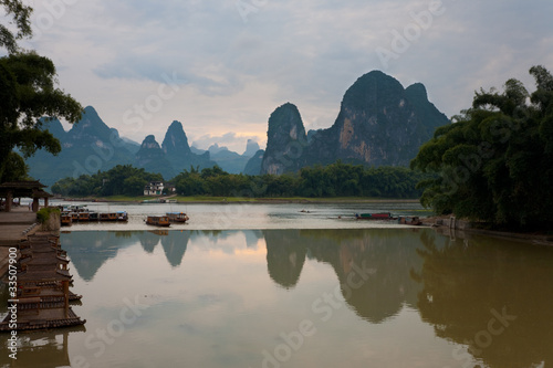 Poster Guilin Tourist Boats Karst Reflection