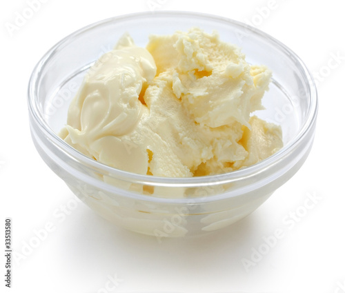 Fotoposter Zuivelproducten clotted cream in a glass bowl