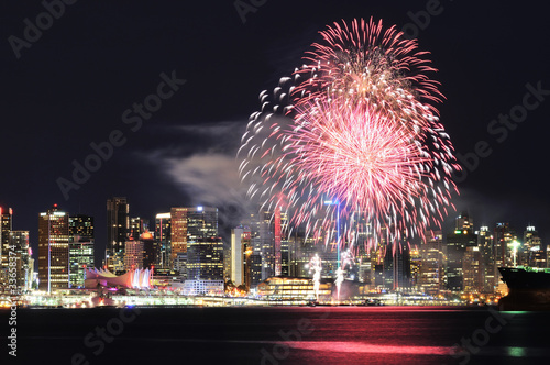 Spoed Foto op Canvas Canada Canada Day fireworks in Downtown Vancouver