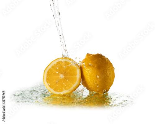 Poster Eclaboussures d eau Water splash on lemon