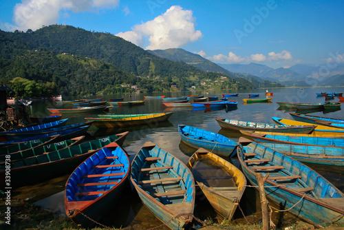 Keuken foto achterwand Nepal boat in fewa lake