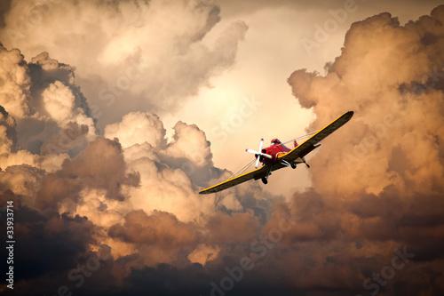 aereo nelle nuvole Wallpaper Mural