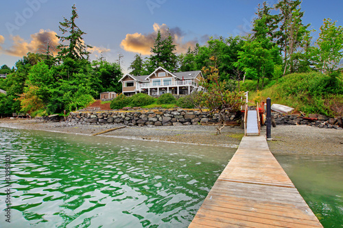 Fototapeta Luxury waterfront island house