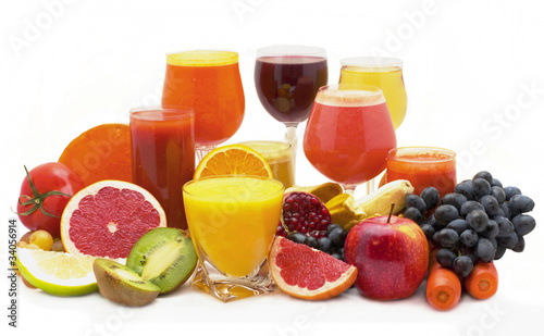 Foto op Canvas Sap Five glasses of fresh juice from different fruit