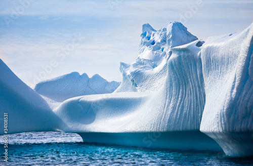 La pose en embrasure Antarctique Antarctic iceberg
