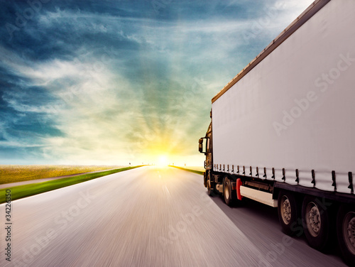 fototapeta na ścianę Truck at Sunset