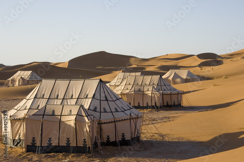 Recess Fitting Morocco CAMPO TENDATO NEL DESERTO