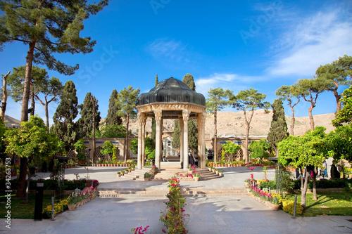 Fotografie, Obraz  Tomb Aramgah-e Hafez in Shiraz