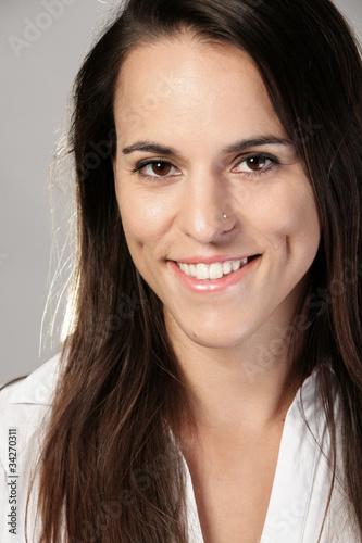 Valokuva  Portrait of  beautiful brunette