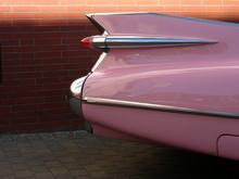 Klassische Heckflosse Eines Rosa Fünfziger Jahre Straßenkreuzers