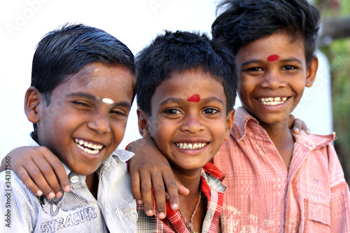 Valokuvatapetti Indian Little Friends