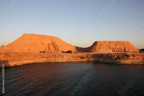 Foto  Ensemble du site d'Abou Simbel et de ses temples