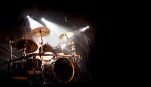 Schlagzeug Und Trommel Beim Ko...