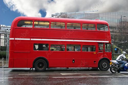 Papiers peints Rouge, noir, blanc London Bus