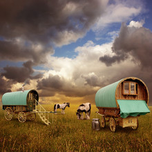 Old Gypsy Caravans, Trailers, ...