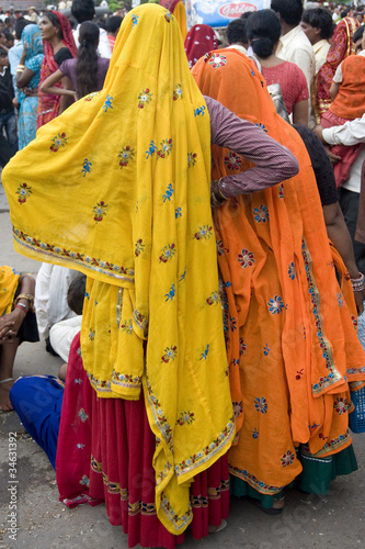 Foto op Canvas India women in colorful costumes, Rajasthan,India