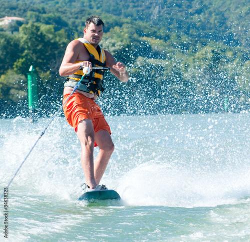 Fotografie, Obraz  homme à ski nautique