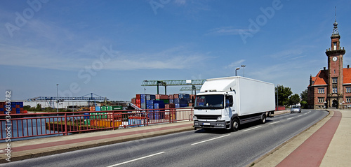 Photo  LKW in Hafengebiet 3