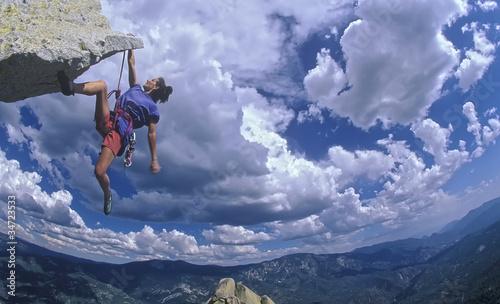 Fotografía  Female rock climber.