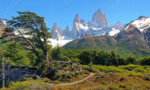 Foto op Canvas Zuid Afrika Wilderness with Mt Fitz Roy in Argentina, South America.