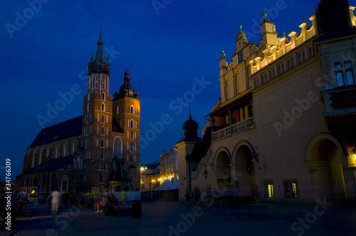 Deurstickers Krakau Marienkirche und Tuchhallen - Krakau - Polen