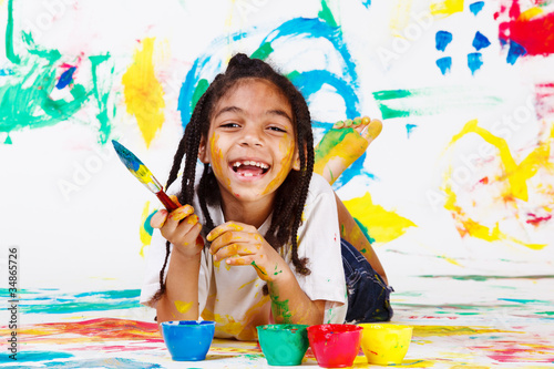 Girl  with a paintbrush © 2xSamara.com