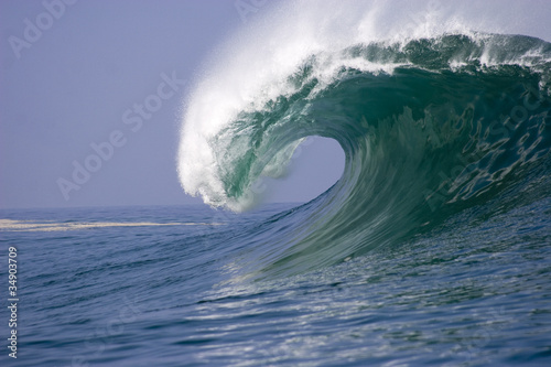 Deurstickers Water wave breaking at Iquique in Chile 2
