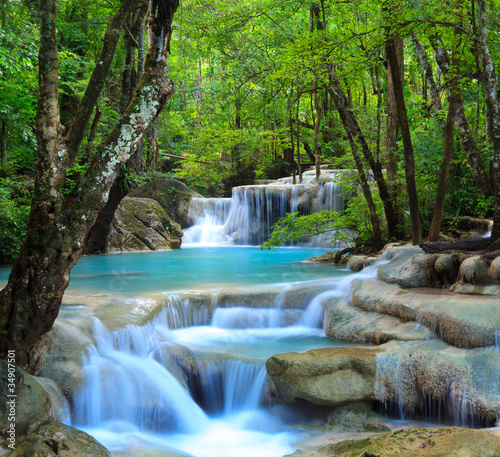 Deurstickers Watervallen Erawan Waterfall, Kanchanaburi, Thailand