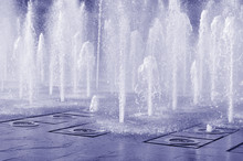 Splashing Fountain