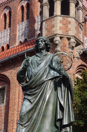 Pomnik Mikołaja Kopernika - fototapety na wymiar