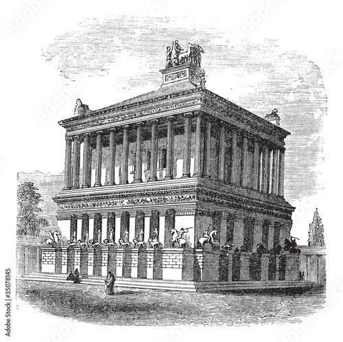 Fotografia Mausoleum at Halicarnassus or Tomb of Mausolus vintage engraving