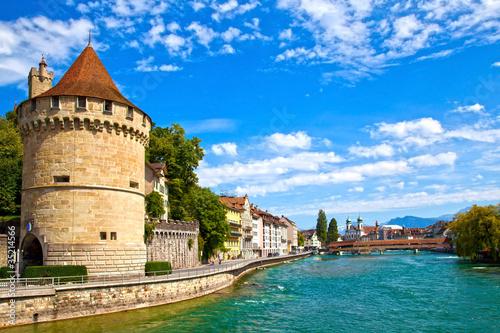 Photographie  Rivière Reuss à Lucerne, Suisse